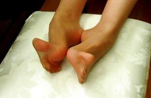 یک دوست پسر متقاعد دختر جوان پیشاهنگی به گسترش پاهای خود را کانال تلگرام پورن